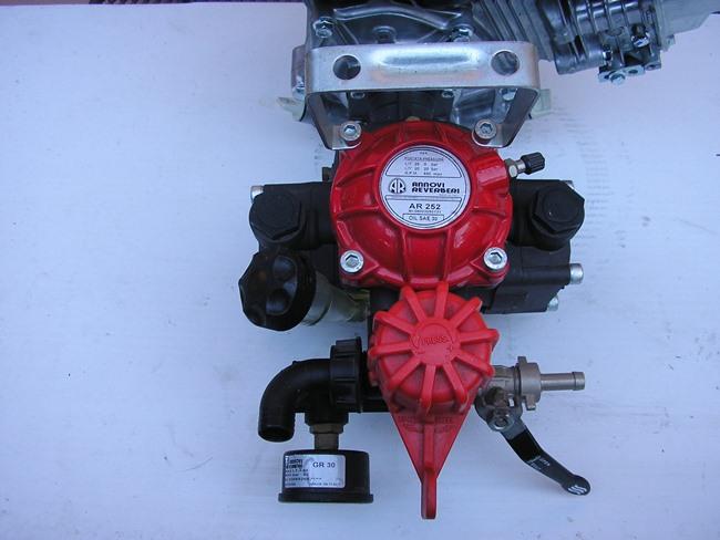 Pompa irrorazione per motozappa mulino elettrico per for Pompa per motocoltivatore